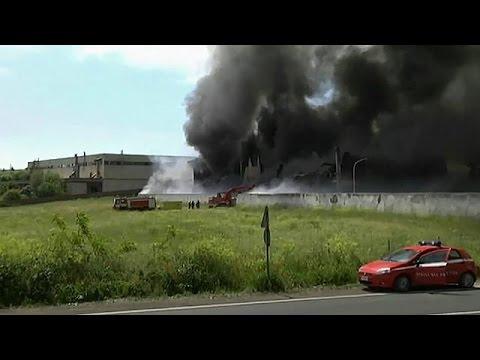 Ιταλία: Τοξικός καπνός από πυρκαγιά