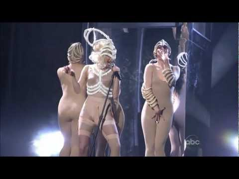 Lady Gaga – American Music Awards Bad Romance / Speechless live 2009 HD