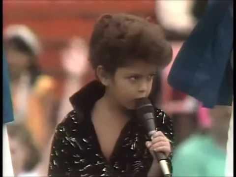 SO CUTE! Bruno Mars, Age 5 Sings at Aloha Bowl