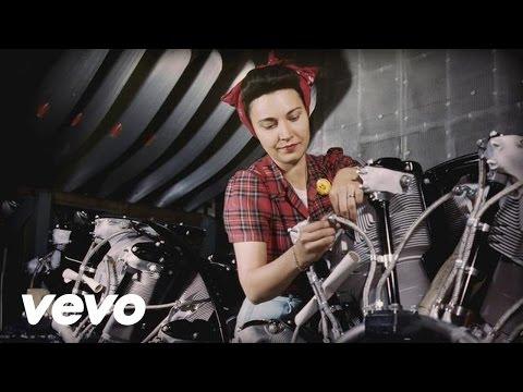 Tekst piosenki Bob Dylan - Pretty Saro po polsku