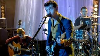 Arctic Monkeys - Snap Out Of It (Live)
