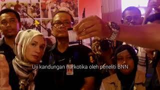 Polri bersama Badan Narkotika Nasional (BNN) dan sejumlah pihak terkait memusnahkan barang bukti narkoba hasil sitaan yang diperoleh dalam sejumlah kasus. Barang yang disita yakni 1,4 ton sabu dan 1,2 juta butir ekstasi jenis Minion. Pemusnahan dilakukan di kompleks Bandara Soekarno-Hatta, Tangerang, Selasa (15/8/2017).