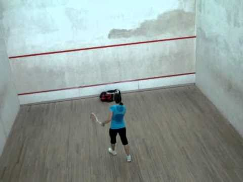 Nour El Sherbini practicing squash nicks while playing with both hands (LEFT & RIGHT) Amazing