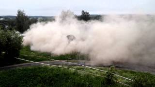 Guy Demolishing 100-Foot Tower, Almost Get Crushed