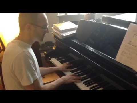Scheiß drauf, Malle ist nur einmal im Jahr am Klavier