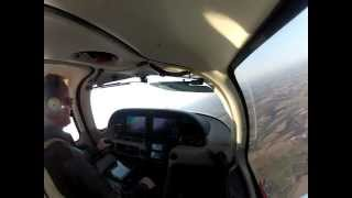 Cirrus SR-20 Steep Turns, student practice