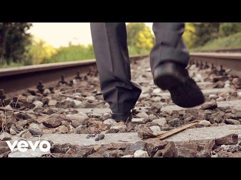 Danny Darko - Don't Look Back (Official Video) ft. Q'Aila