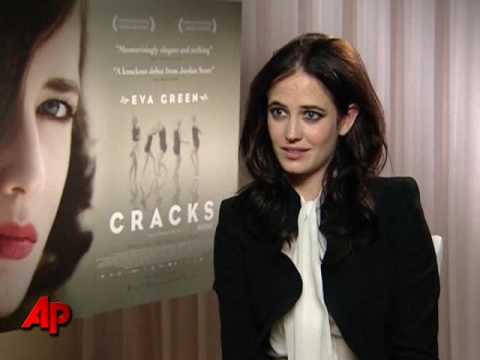 Eva green cracks