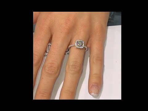 1.02 ct Round cut Diamond Engagement Ring in Square Halo (RS-112)