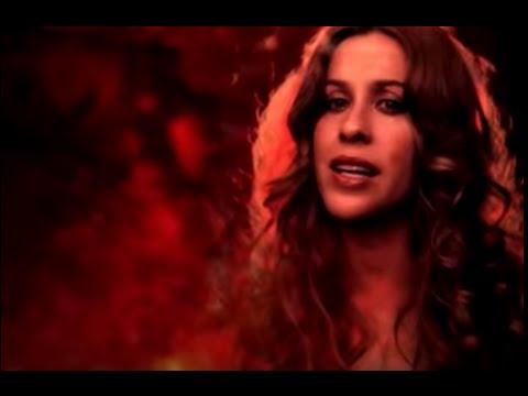 Tekst piosenki Alanis Morissette - Underneath po polsku