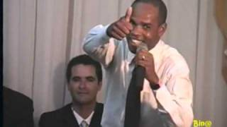 IGREJA PENTECOSTAL FILHOS DE JESUS, LORINALDO MIRANDA PREGANDO NA VIGÍLIA DO DIA 25/04/09