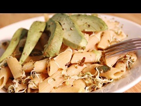 Paste cu avocado