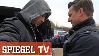 Video Bundespolizei stoppt Rapper Ufo361: Drogenjagd an der Grenze MP3, 3GP, MP4, WEBM, AVI, FLV Agustus 2018