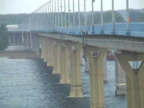 Мост через Волгу шатается (полная версия)
