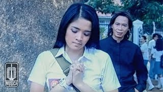 Download Video Chrisye - Kisah Kasih Disekolah (Official Video) MP3 3GP MP4