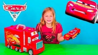 CARS 3 Disney Pixar Lightning McQueen Mack Tool Kit and Hauler Toy Video
