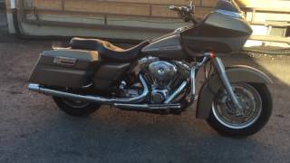 9. 2004 Harley Davidson Road Glide **2 into 1 exhaust**