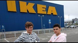 Każdy kiedyś chciał tak zrobić! Dwóch Polaków zamknęło się na noc w Ikei!