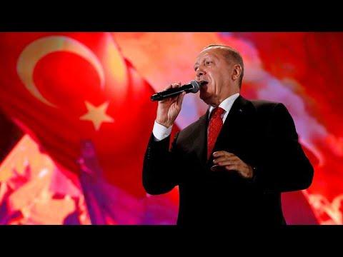 Επιμένει ο Ερντογάν: Συνεχίζουμε τις γεωτρήσεις