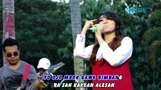 Video Via Vallen - Pikir Keri [OFFICIAL] MP3, 3GP, MP4, WEBM, AVI, FLV Mei 2019