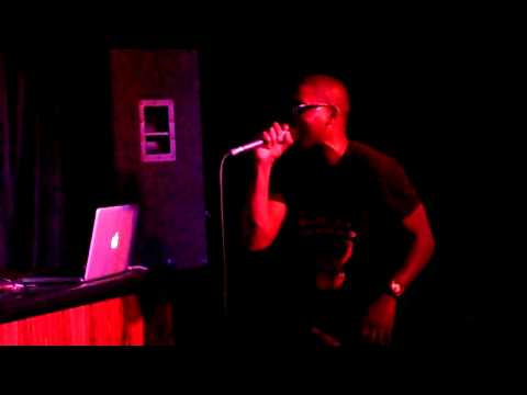 "Tinie Tempah feat. Wiz Khalifa - ""Till I'm Gone"" + medley (WRONGBAR, Toronto, 2011-05-02)"