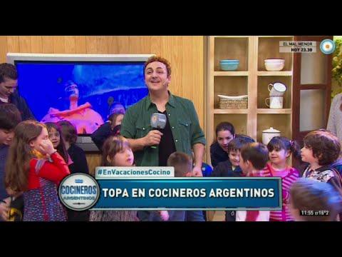 Diego Topa canta y baila en Cocineros