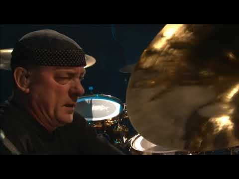 Rush - R30 Overture - BEST Concert Intro EVER (HD)