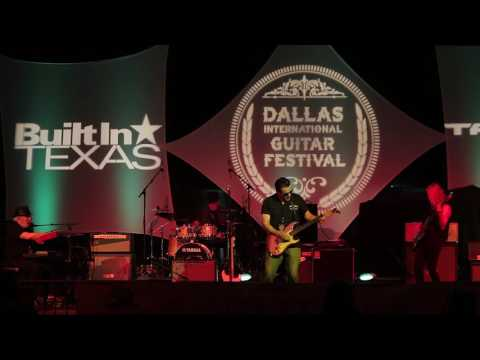 Misirlou - Holland K. Smith at the 2016 Dallas International Guitar Show