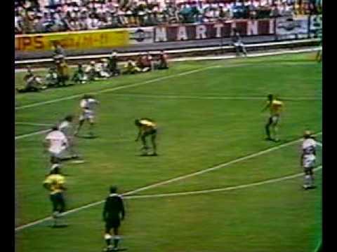 59 – Jairzinho: Brazil v England 1970 – 90 World Cup Minutes In 90 Days