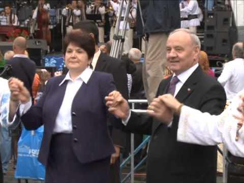 Președintele Nicolae Timofti a participat la manifestațiile consacrate Zilei Independenței