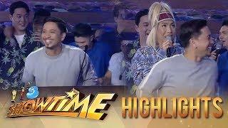Video It's Showtime PUROKatatawanan: Vice Ganda pulls Jhong's shorts MP3, 3GP, MP4, WEBM, AVI, FLV April 2019