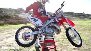 2. Service Honda CR250 2 Stroke-Dirtbike Magazine
