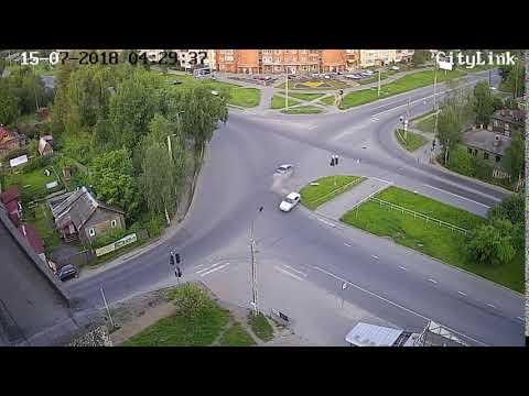 ДТП с переворотом в Петрозаводске