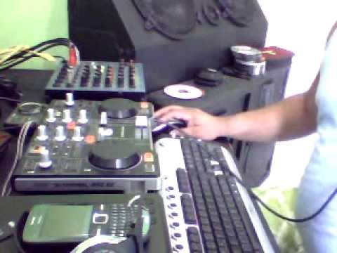 Set 1 hora de Dance dj jc carvalho ao vivo Na Controladora Hecules Mp3 e2.wmv