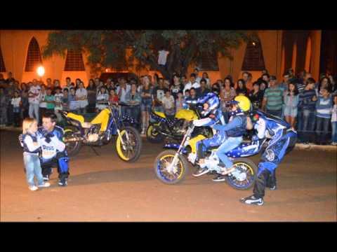 Show de moto em Novo Itacolomi