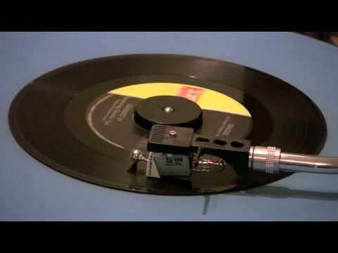 Classics IV Featuring Dennis Yost - Traces - 45 RPM