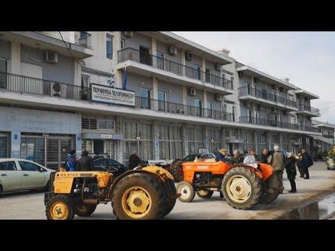 Διαμαρτυρία αγροτών στην Αργολίδα με τρακτέρ και αγροτικά οχήματα