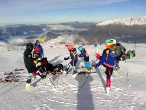 Entrenamientos en el glaciar de Les Duex Alpes (FRA)