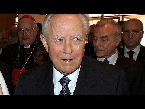 Ιταλία: Απεβίωσε σε ηλικία 95 ετών ο Κάρλο Ατζέλιο Τσιάμπι