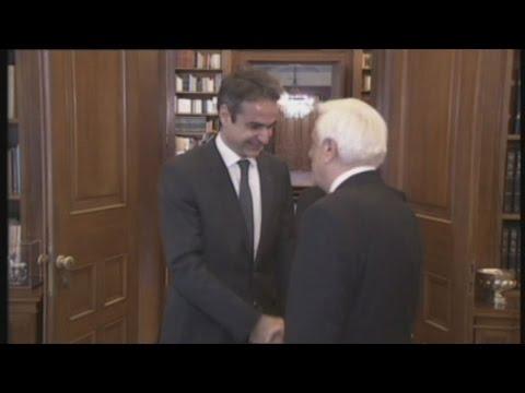Στον Πρόεδρο της Δημοκρατίας, ο Κυριάκος Μητσοτάκης