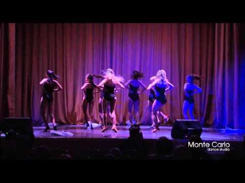 Танец группы по стрип-пластике (педагог Екатерина Кутузова)