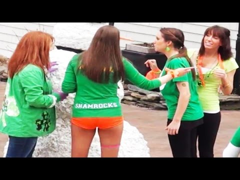 Scaring drunk people - St. Patrick's Day special! NSFW
