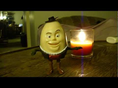 McDonalds Toy Review: 2011 Puss in Boots, Humpty Dumpty Sr. Fail.