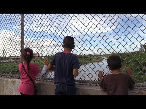 U.S. blocks Honduran family seeking asylum at the U.S.-Mexico border.