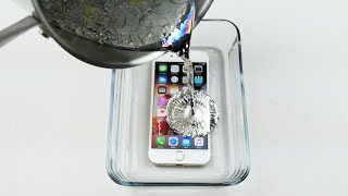 Video How To Properly Cook an iPhone 6S in Hot Metal MP3, 3GP, MP4, WEBM, AVI, FLV Mei 2017