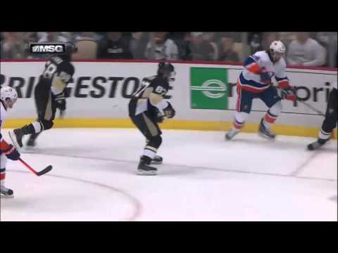 Crosby - watch live hd 720p (60fps) hockey at http://www.hockeystreams.com ---------------- Crosby splits the islanders D for a beauty.