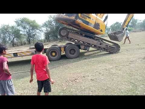 Amazing Video . Volvo Excavator Uploading in Truck By Experience Driver . Dozer Video
