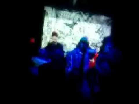 Disco POGO Remix - Pogo im Club Wir rasten aus! (Musik von Ricky Rich & Disco Pogo) Pogen!!