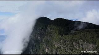 Mount EMei 峨眉山 time-lapse