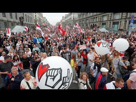 احتجاجات بيلاروسيا.. هل تنقذ أسلحة بوتين ديكتاتور أوروبا؟